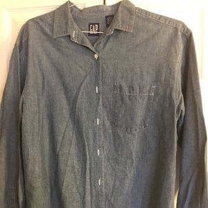 Gap chambray shirt size large EUC